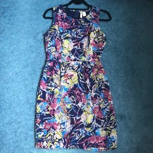 4/$20 Japna Floral Fitted Dress Size M